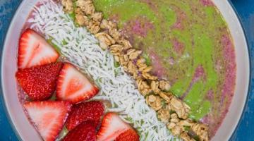 Strawberry Banana Avo Smoothie Bowl