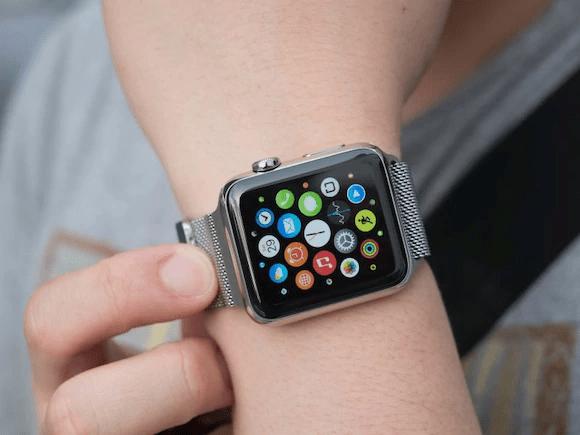 smartwatch - Una aplicación para los relojes inteligentes podría ayudar a detectar la fibrilación auricular