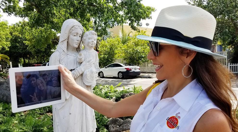 Christine Guests - Christine Michaels comparte sus excurciones virtuales
