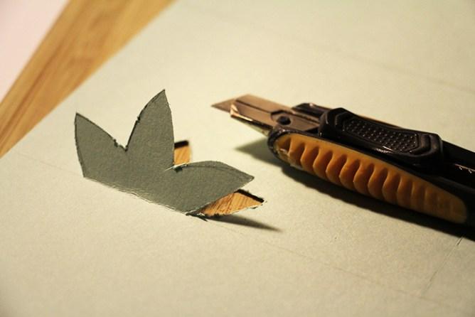Calligraphique - Carte pliée fleurie - découpe fleur