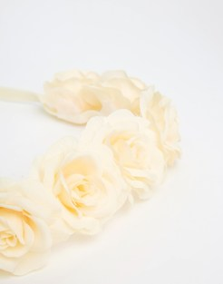 Bandeau roses texturé, Asos, 13,99 euros