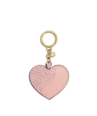Porte-clé en cuir en forme de cœur, Michael Kors, 52 euros
