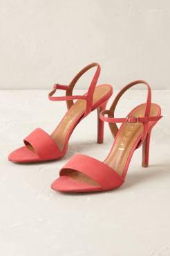 Chaussures à talons en nubuck Rosalia, Vincenza (Anthropologie) 184 euros