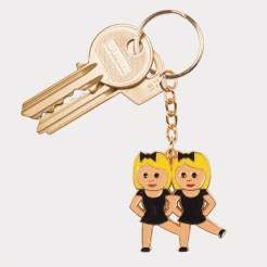 Porte-clés Emoji BBF dancing twins, DOIY, 6,00 euros