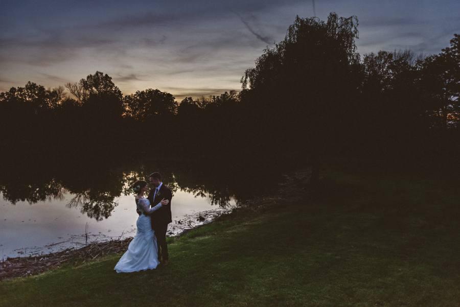 beautiful sunset couple at niagara backyard wedding
