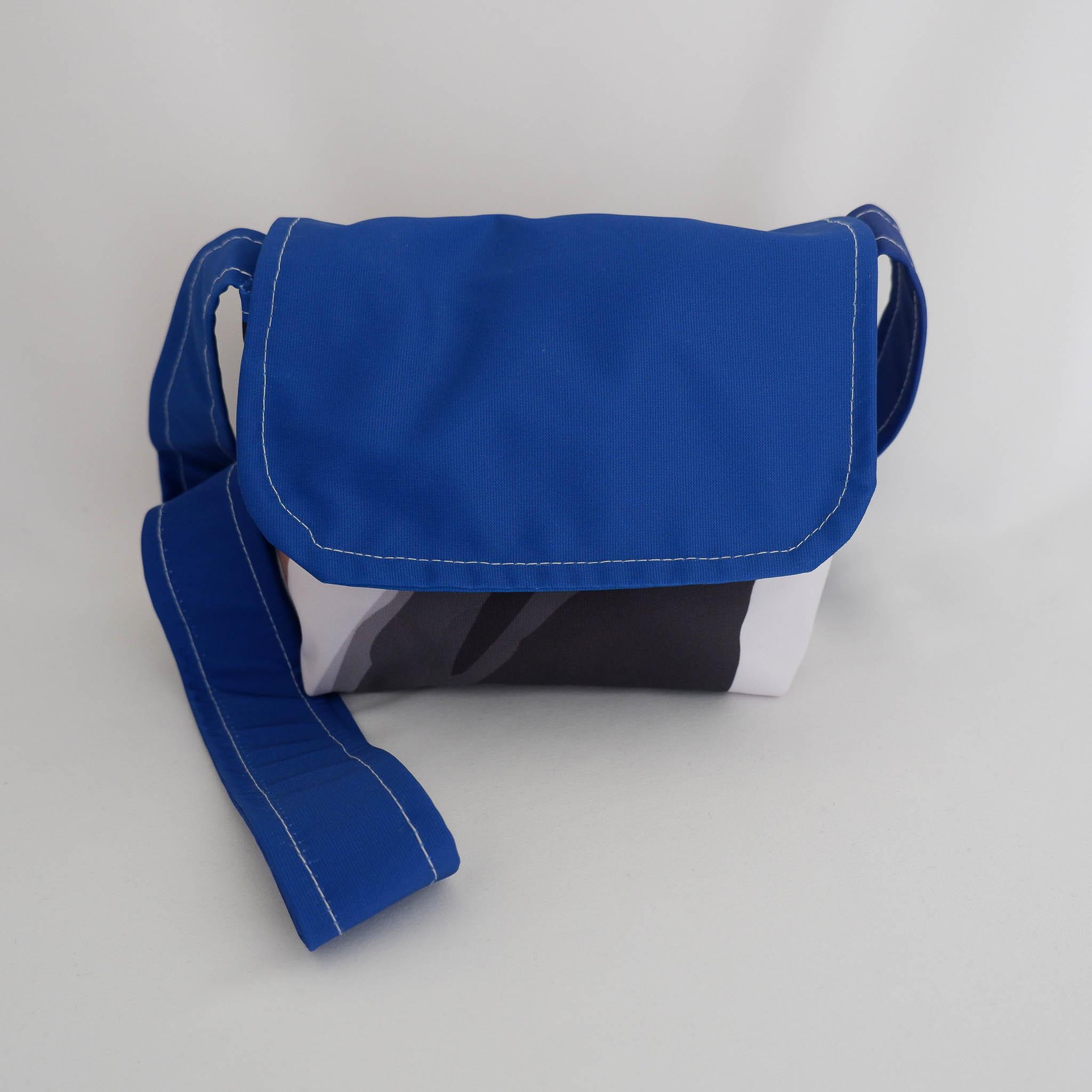 Handbag (Small) Cross Body… Barbara B