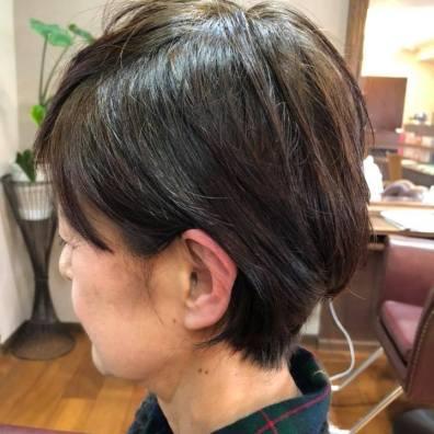 Calmヘナ&理毛コース 今日は前髪作って気分一新でした! と言って頂きました。