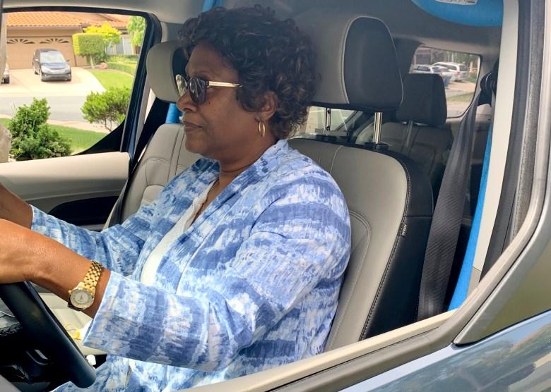 Ivy Bland dice que se mudó de California a Florida antes de lo planeado debido a problemas para obtener sus beneficios de desempleo. Foto cortesía de Ivy Bland.