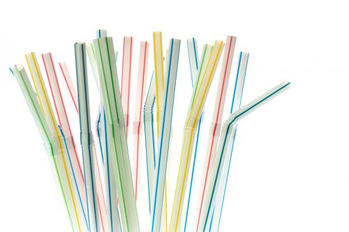 plastic straws in rainbow colors