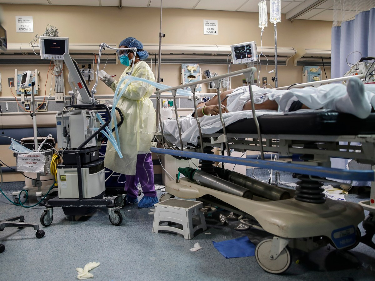 Hospitals — and their intensive care units — have geared up to care for COVID-19 patients. CalMatters is tracking hospitalizations in California, by county. AP Photo by John Minchillo