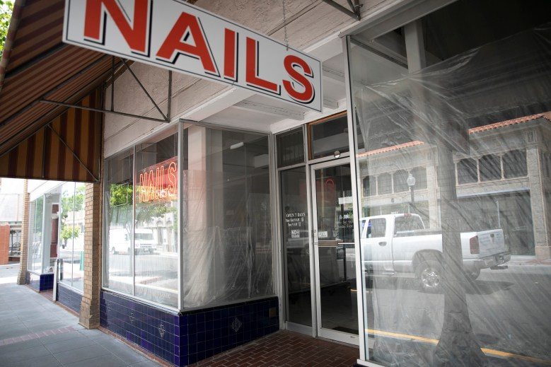 A shuttered nail salon in downtown Napa on May 8, 2020. Yesterday, Gov. Gavin Newsom announced during his daily press briefing that the first community spread of the novel coronavirus in California took place at a nail salon. Photo by Anne Wernikoff for CalMatters