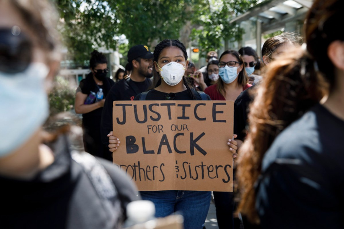 Protesters march on East Santa Clara Street in San Jose on May 29, 2020, after the death of George Floyd in Minneapolis. Photo by Dai Sugano, Bay Area News Group