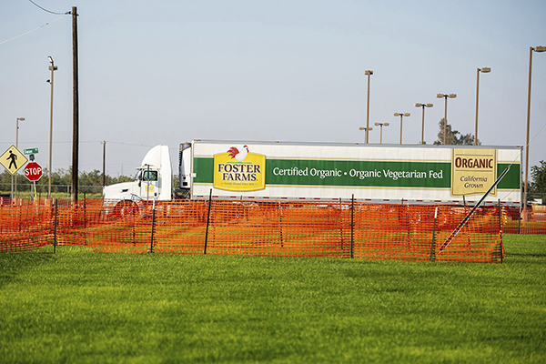 Vehicles including Foster Farms trucks enter and exit the Foster Farms facility located at 1000 Davis Street in Livingston, on Aug. 27, 2020. Photo by Andrew Kuhn, Merced Sun-Star