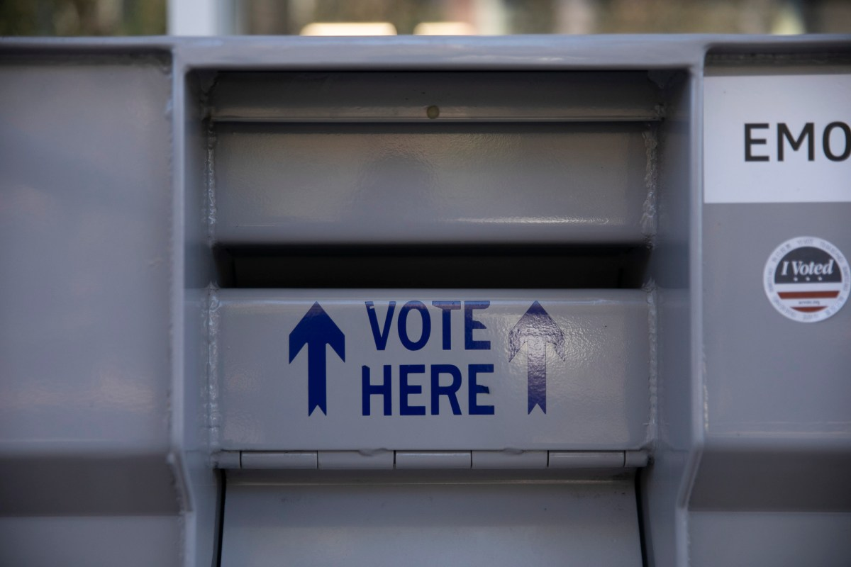 An official ballot drop-off box at Emeryville City Hall on Oct. 15, 2020. Photo by Anne Wernikoff for CalMatters