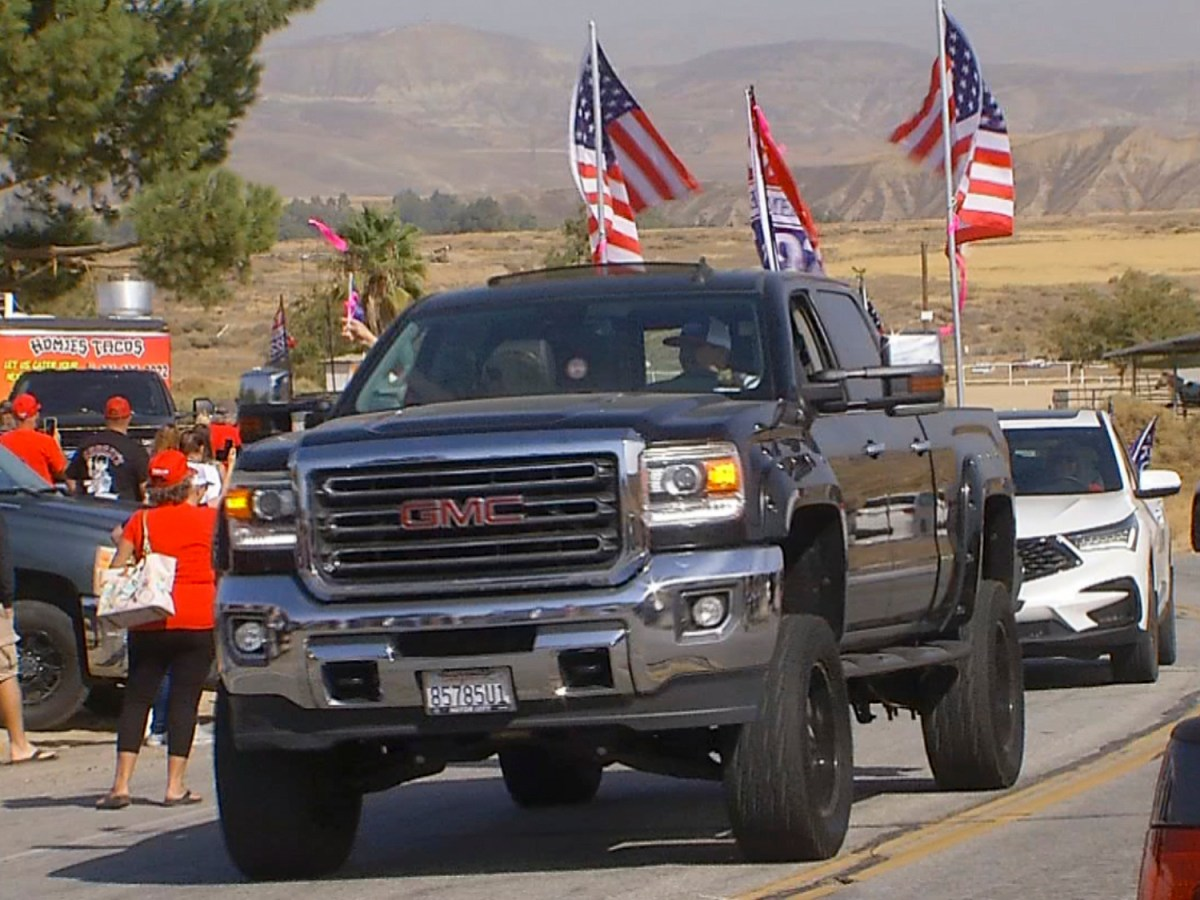 Trump supporters' 'train' reaches its destination at Ethel's Old Corral in Bakersfield on Oct. 24, 2020. Photo by KBAK/KBFX