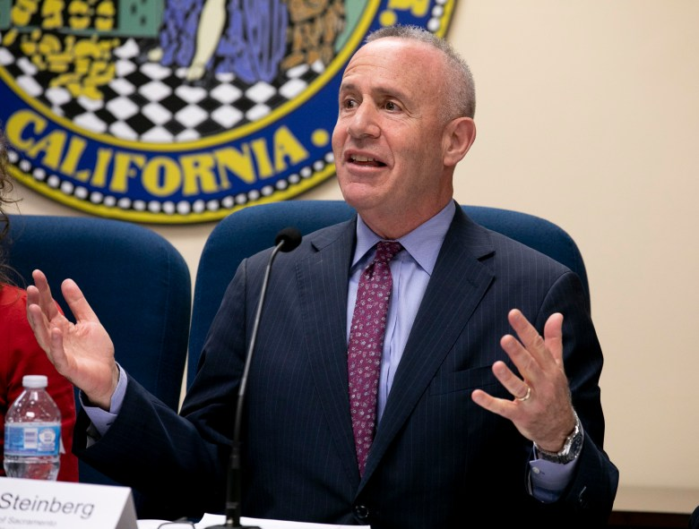 Sacramento Mayor Darrell Steinberg. Photo by Anne Wernikoff for CalMatters
