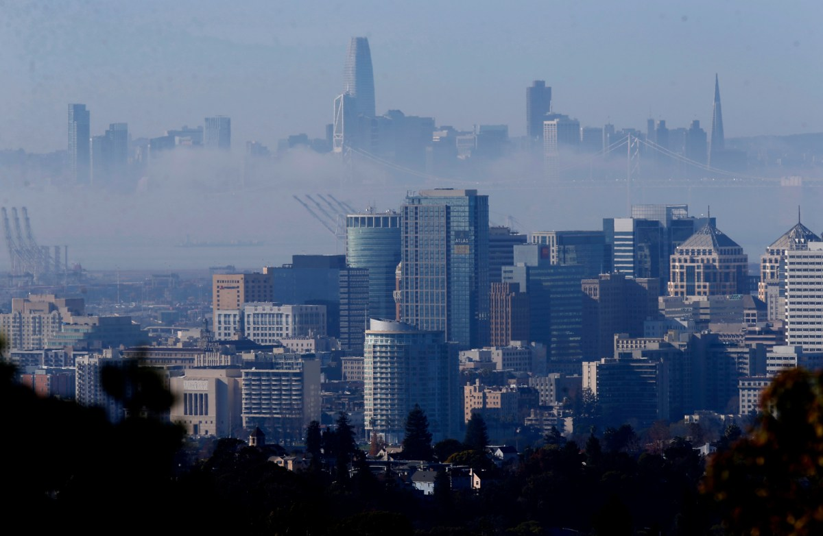 A layer of fog hangs between San Francisco and Oakland, on Tuesday, Jan. 5, 2021. Photo by Jane Tyska, Bay Area News Group