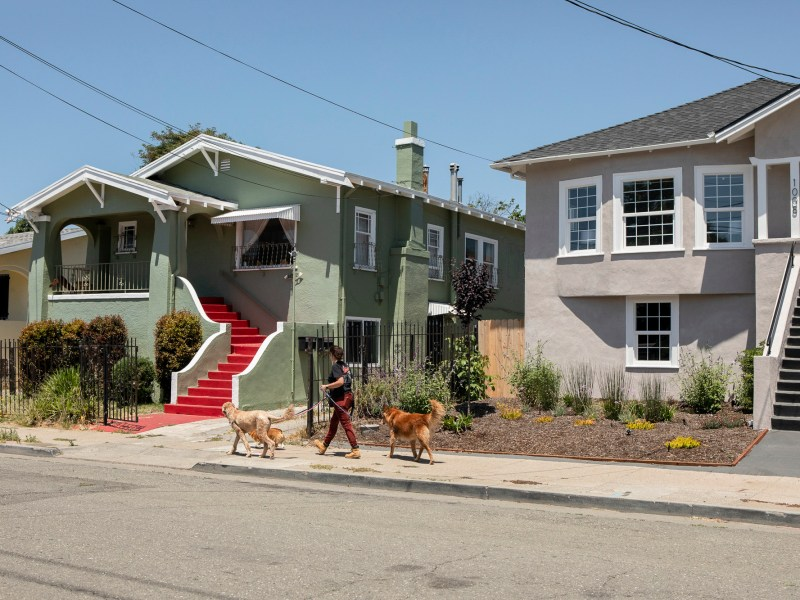 Newsom advisor on housing and homelessness, Jason Elliott, said that while the state can build housing for homeless people and the very poor, the private sector is essential to easing the state-wide housing shortage. Photo by Anne Wernikoff, CalMatters