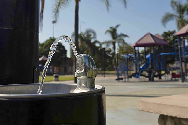 A water fountain at Rio Hondo Park in Pico Rivera, CA, on Nov. 6, 2020. California has proposed a new health goal for regulating perfluorinated contaminants in drinking water. Photo by Tash Kimmell for CalMatters.