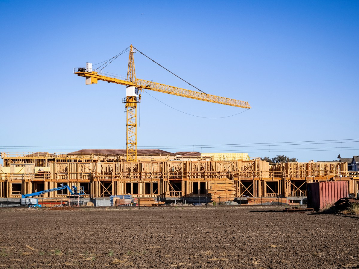 An apartment complex under construction in Mountain View. Photo by Getty Images/iStock