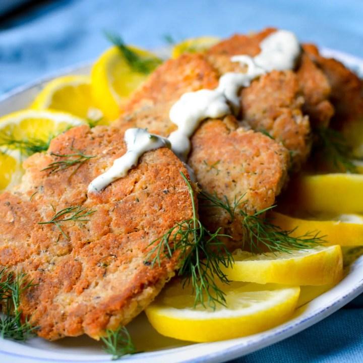 Salmon Cakes with Lemon Dill Sauce