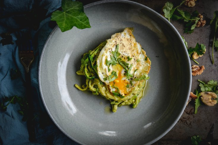 Easy Zoodles Recipe with Avocado Walnut Pesto and Egg