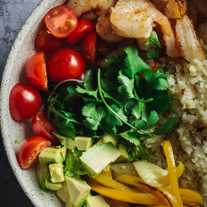 Air Fryer Shrimp Fajita Bowl (Keto, Stovetop Option)