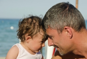 Efectul vârstei tăticilor în dereglările mentale ale copiilor