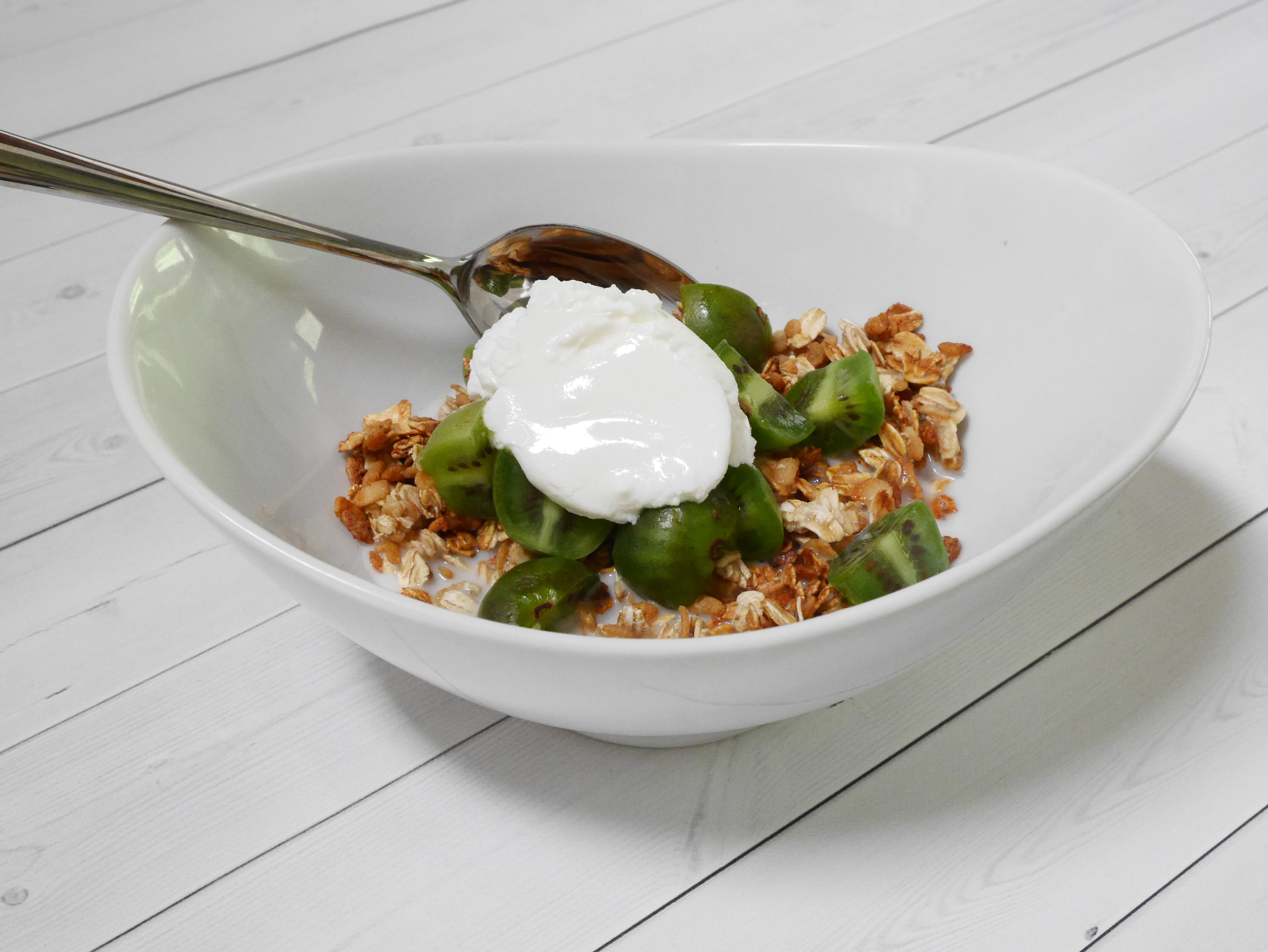 Image of quick and simple granola recipe from CALMERme.com