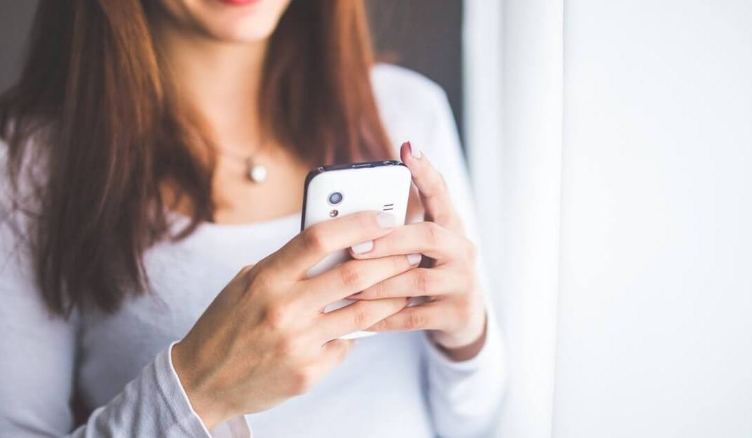 Number of Times You Check Your Smartphone (Not So Smart!) a Day is Shocking!