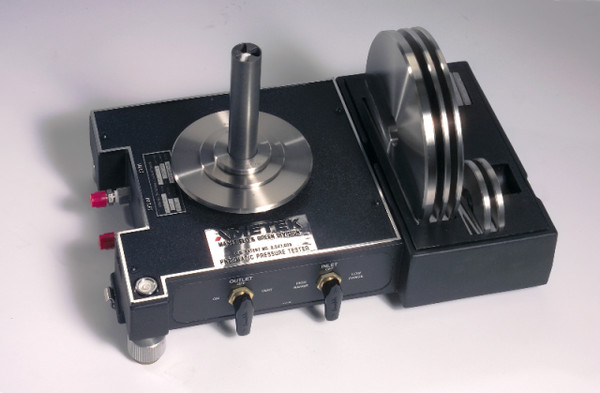 AMETEK RK Series (RK-50/ RK-100/ RK-200/ RK-300) Pneumatic Deadweight Tester