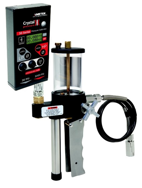 Crystal Engineering 30 Series (IS31/ IS33)Digital Pressure Calibrator connected to Crystal T-620 pump