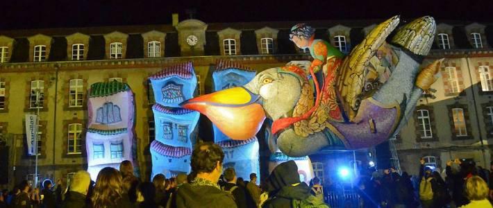 Les Plasticiens Volants (Aurillac 2015)