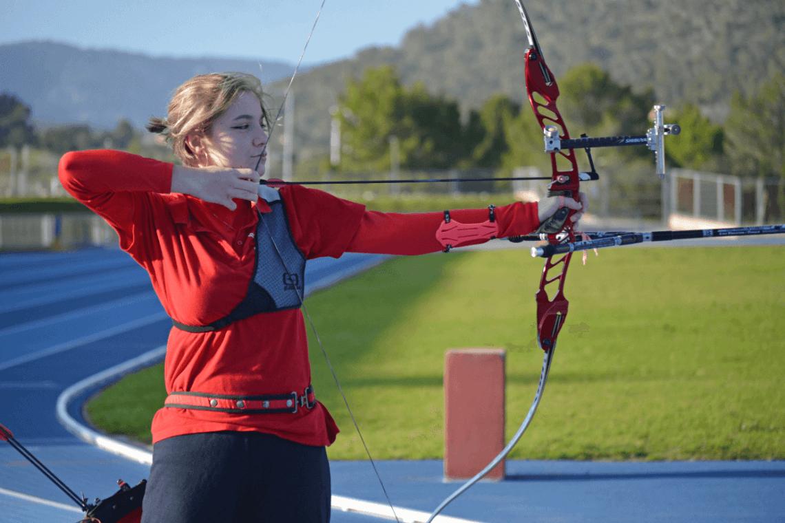 Natalia-Izquierdo-Llado-tiro-con-arco
