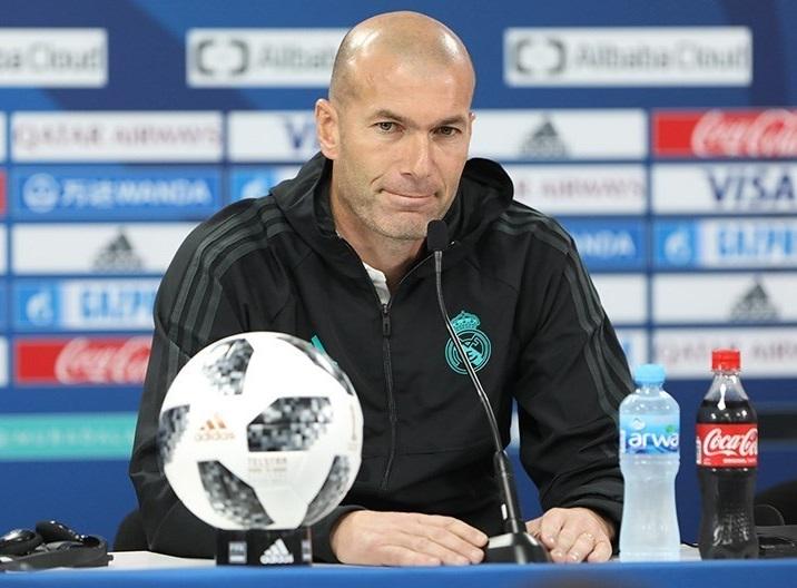 La chute de cheveux & le sport Calvitie de Zinedine_Zidane