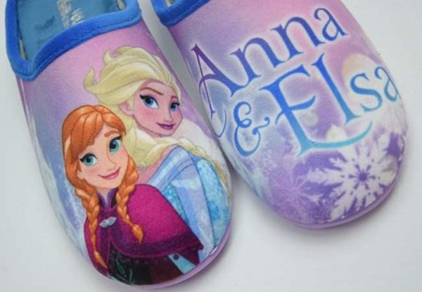 Zapatilla de casa para niña Frozen Vulca Bicha cerca