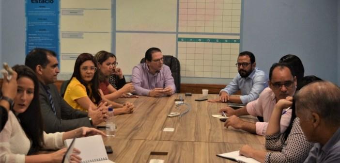Vereador Idalmir Rodrigues participou de encontro que discutiu etapa final para implantação do Curso de Medicina no município