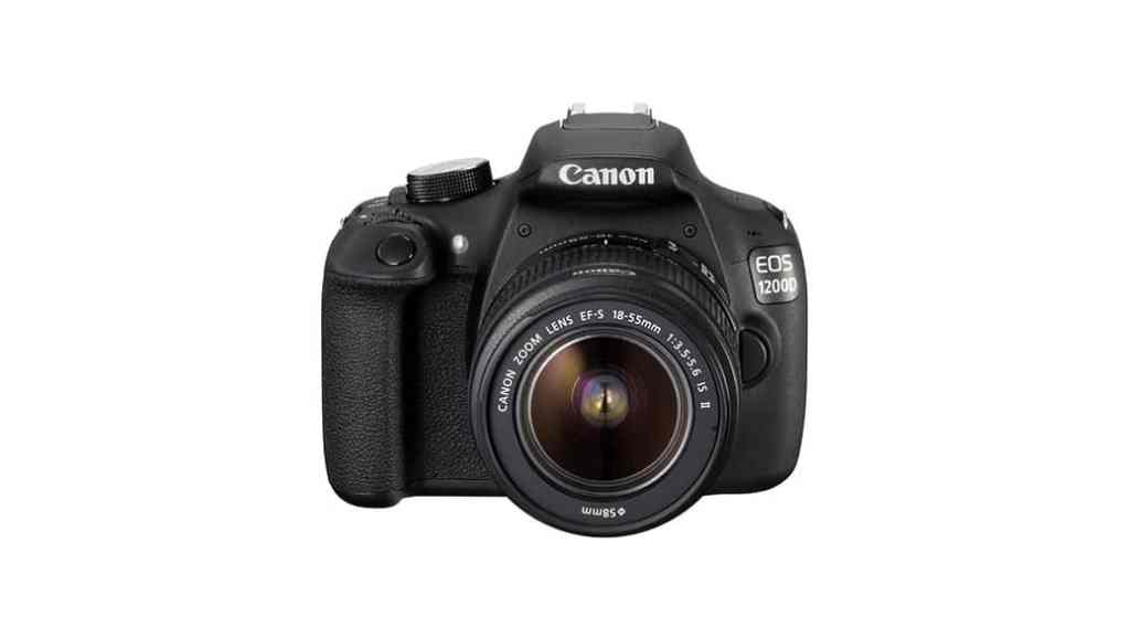Canon EOS 1200D + objetivo EF-S 18-55mm f/3.5 IS II: 30% de descuento (menos de 400 euros)