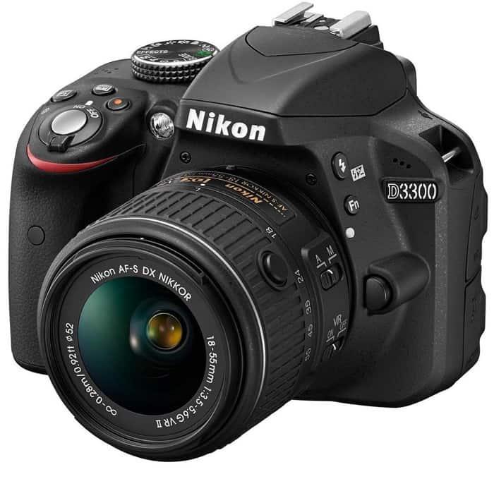 NIKON D3300 - 460 euros