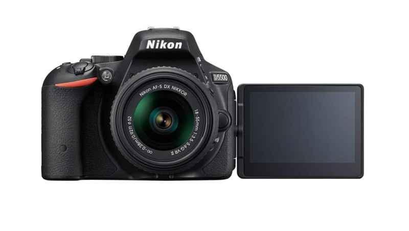 Nikon lanza su nueva cámara DSLR D5500