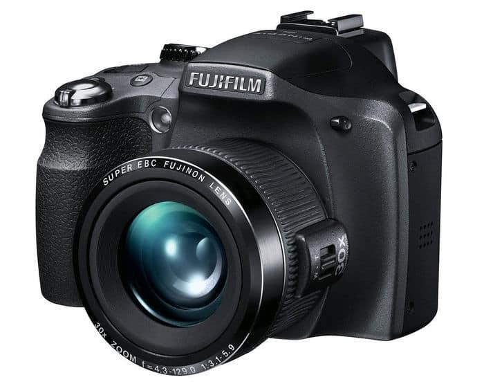 Cámaras Bridge de Fuji: Fujifilm Finepix SL300