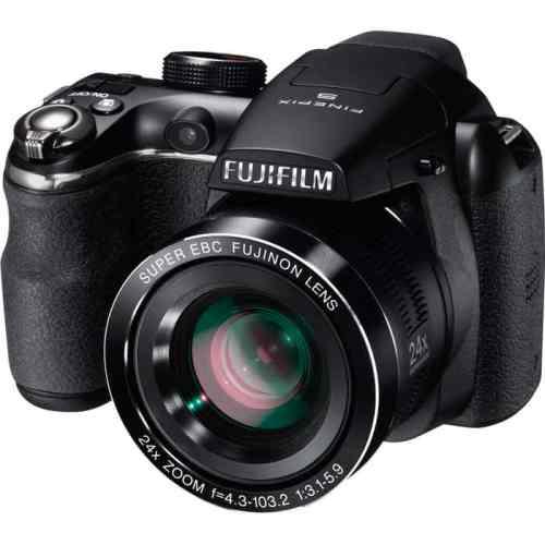 Cámaras bridge de Fuji: Fujifilm Finepix S4200