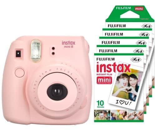 Packs Fujifilm Instax Mini 8 (camara + 5 paquetes de películas) por unos 100 euros