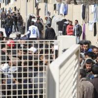 Il sistema italiano d'accoglienza: politiche emergenziali, inefficienze e malaffare sulla pelle dei migranti