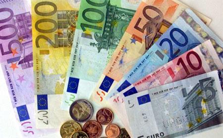 Resultado de imagen de dinero euros billetes