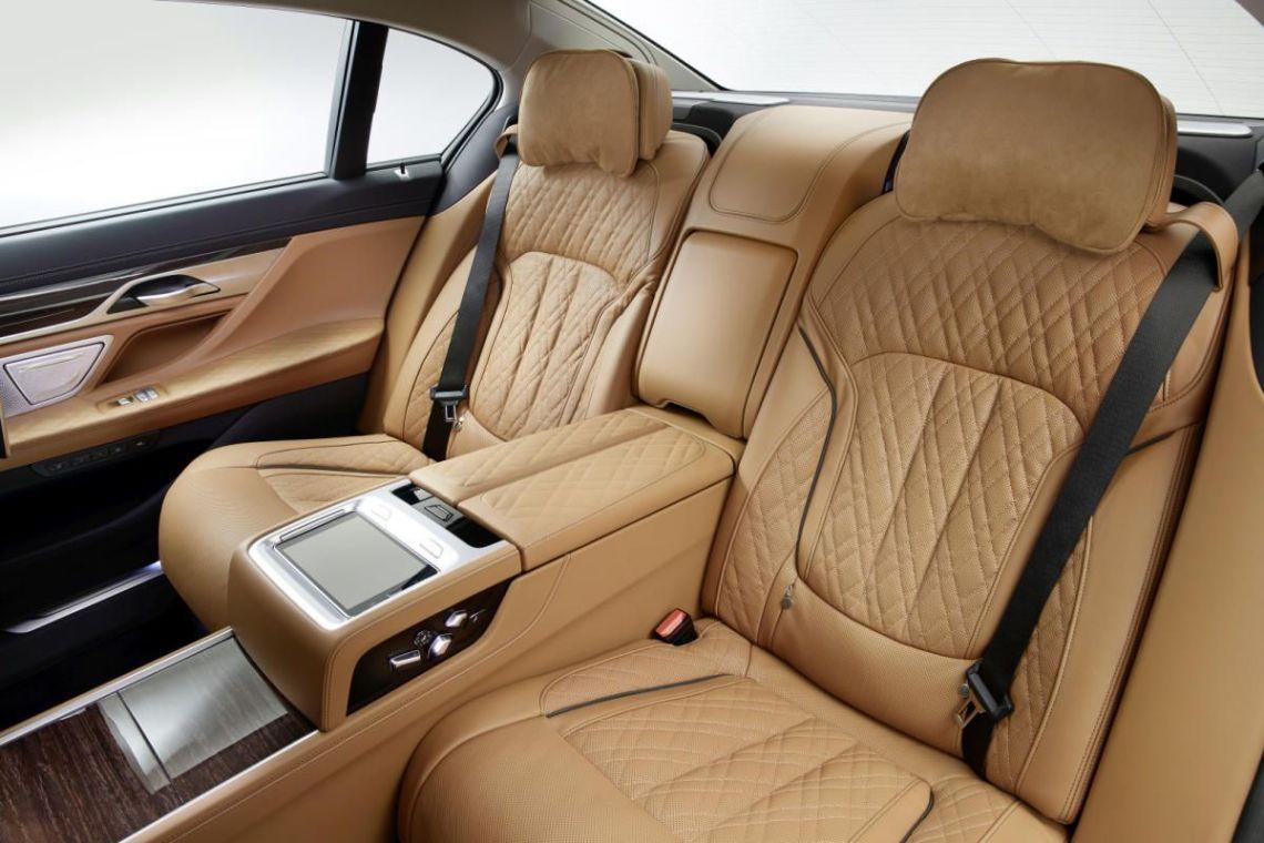 BMW SERIE 7 2019 PLAZAS TRASERAS