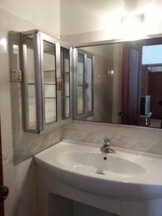 bathroom-360