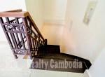 Russian-Market-3-bedroom-villa-for-rent-in-Phsar-Doeumkor-stair-PP0002
