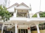 BKK3-Villa-For-Rent-In-Boeng-Keng-Kang-III-Outdoor-ipcambodia