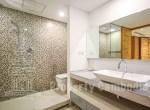 Riverside-1-Bedroom-Apartment-For-Rent-In-Chey-Chumneas-Bathroom-1-ipcambodia